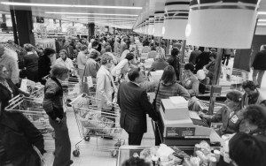 Shopping in the 70s - Agony! Why are things still the same nearly 50 years later?