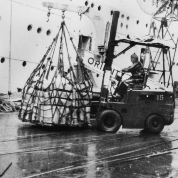 A forklift loads meat at Brisbane Wharf (courtesy John Oxley Library State of Queensland)